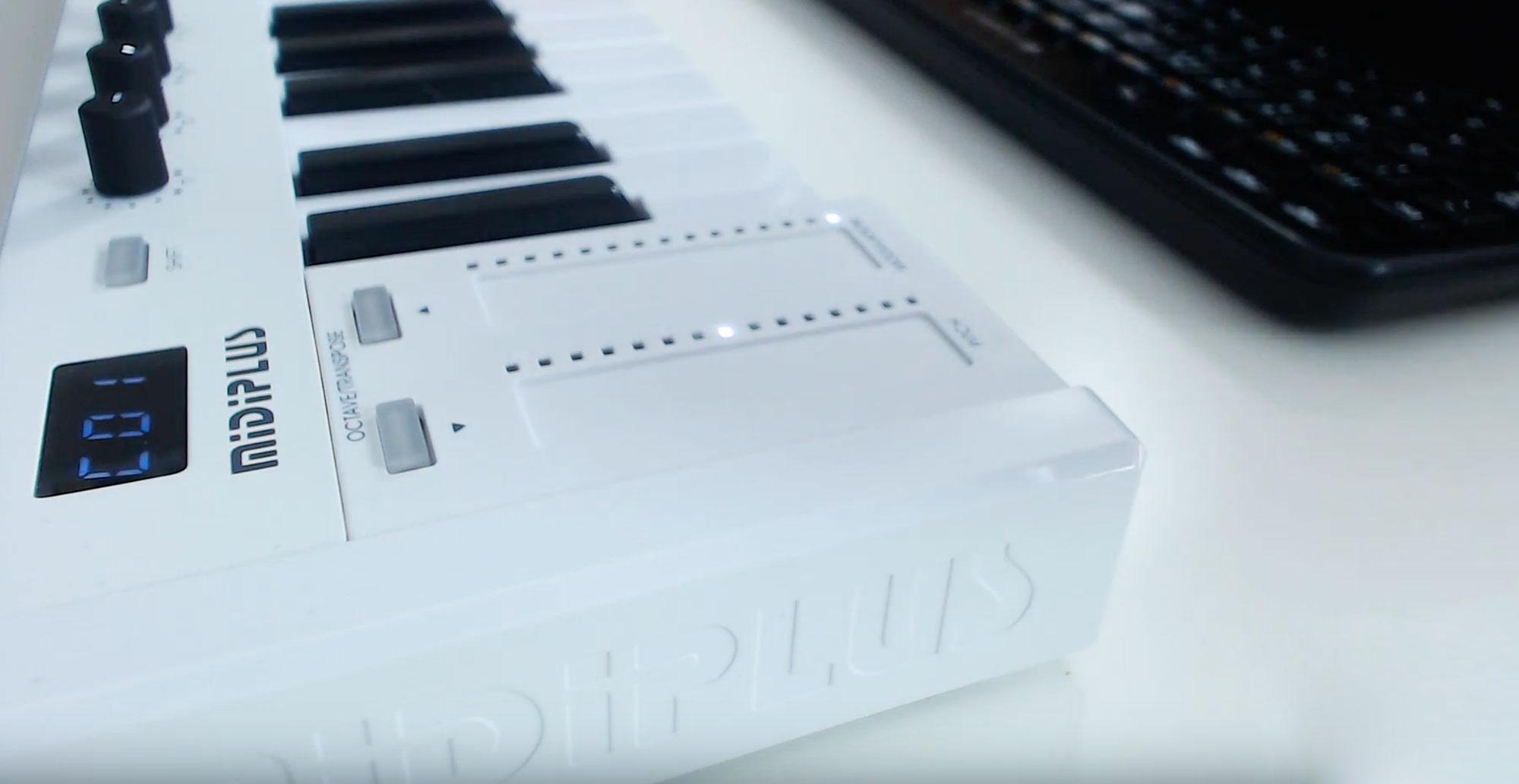 Niedrogie i kompaktowe klawiatury sterujące MiDiPLUS X2, X3, X4, X6 MINI |  uptone.pl